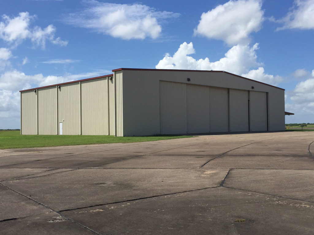 air-Hangar-with-rolling-door